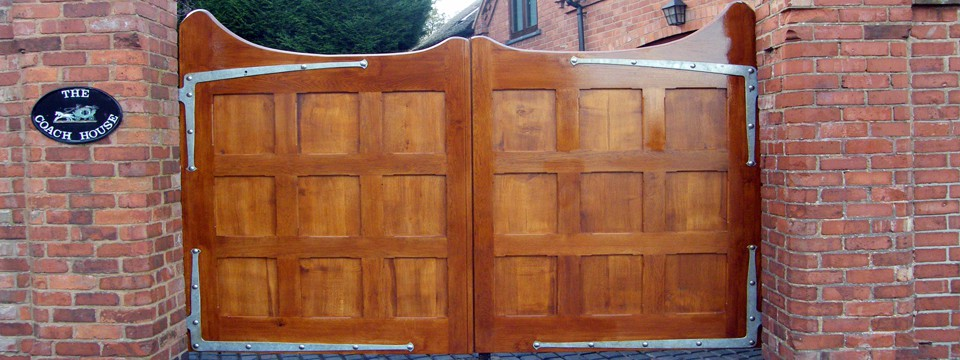 wow-oak-gates-solihull